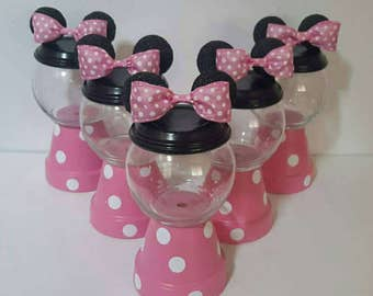 Minnie Mouse Pink & White Gumball Centerpiece
