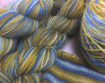Hand dyed self striping gold sparkle sock yarn - Deathwater Island