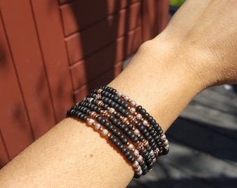 memory wire bracelet, 7 rows, black and copper