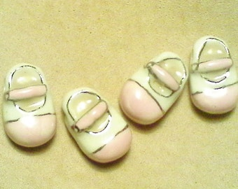 Baby shoe beads; It's a girl!  Super cute, Peruvian ceramic, baby girl shoe beads, 19x10x8mm, 4pcs/3.40.