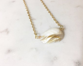 Shell Necklace - Mother of Pearl Necklace - Gold Necklace - Dainty Shell Necklace - Mother of Pearl - Dainty Gold Necklace - Shell Jewelry