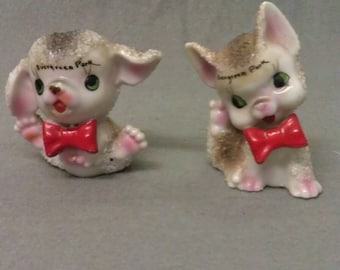 Evergreen Park Souvenir Semco Beige and Grey Cats with Pink Ears Nose and Feet with Red Mouth and Bow Ties Cat Figurines