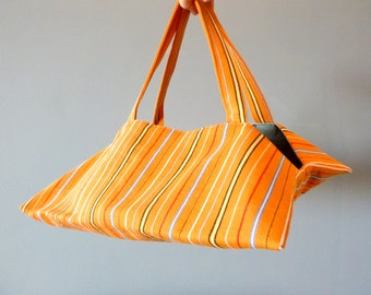 Bag to pie in the Estonian traditional fabric of the island of Muhu