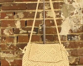 Vintage Off White Woven Shoulder Bag