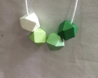 Wooden bead necklace // Geometric necklace // Greens // hand painted