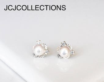 Pearl Stud Earrings / Gift For Her
