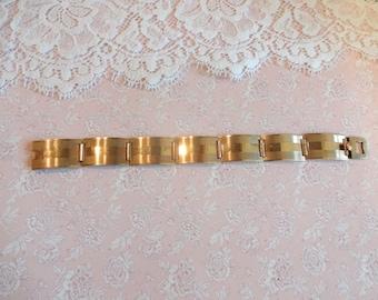 Art Deco 9ct Gold Bracelet, 9ct Gold Back and Front Bracelet, Vintage Gold Bracelet, Engine Turned Bracelet, Articulated Bracelet,