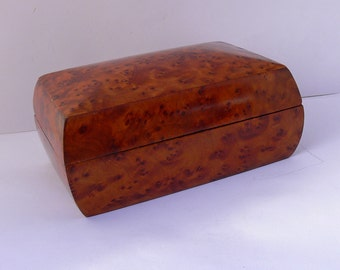 Burr Walnut wood trinket box , vide poche or jewellery Box .