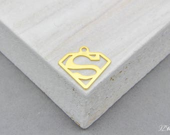 925 Sterling Silver superman plated 24 carat gold, superman Charm, superman Pendant, superman, super, super women Charm, bridesman necklace