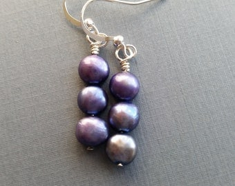 Hydrangea Pearls . Freshwater Pearls . Earrings .