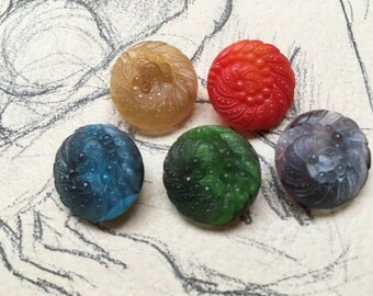 5 old vintage collector / glass buttons - peacock - rare - beautiful