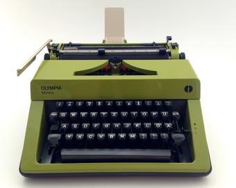 Olympia Monica - vintage, original green - mint condition  stunning!