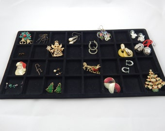 Vintage Collection of Costume Jewelry Earrings and Broaches