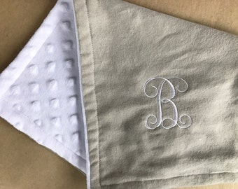 Personalized burping cloth set, baby girl burping cloth, monogrammed burping cloth, new baby gift