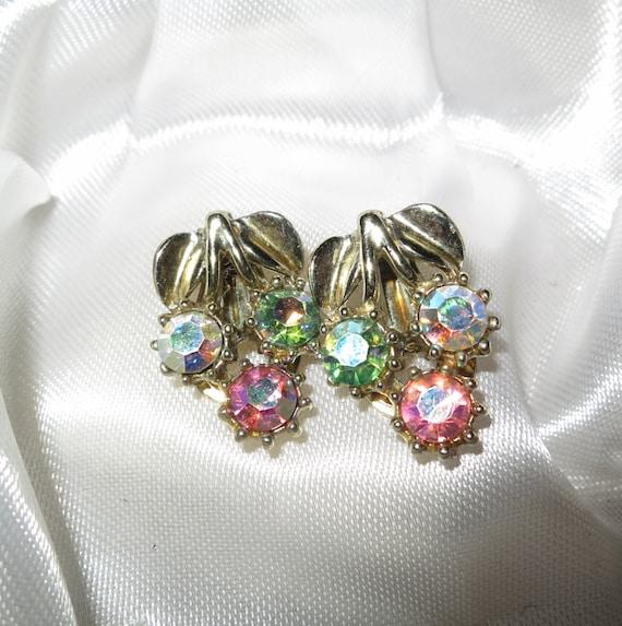 Lovely vintage 1950s Art Deco pastel rhinestone clip on earrings