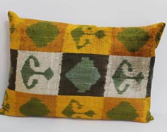 İkat Velvet Pillow Cover, 16'' x 23'' , Decorative Pillow, Handmade Silk Pillow, İkat Lumbar Pillow,  Shipping with Fedex 1-3 days