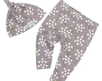 20% OFF SALE - Gray and White Triangle Baby Leggings and Hat | Gray, White, Triangles, Tribal, Aztec Baby Boy Pants