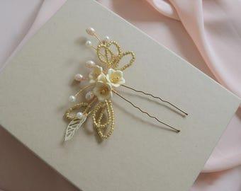 bridal hair pin, bridesmaid hair pin, gold ivory and cream hairpiece, sweet blossom hair pins