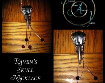 Raven's Skull Necklace V1