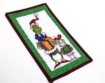 Grinch and Cindy Lou Who Quilted Mug Rug or Wall Decor