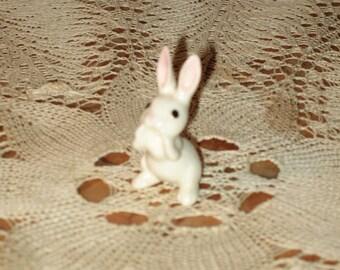 Hagen Renaker Standing Easter Bunny Rabbit Miniature Ceramic Figurine! #BV
