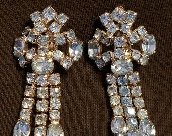 Vintage Light Blue Rhinestone Chandelier Clip Earrings / FREE SHIPPING within U.S.