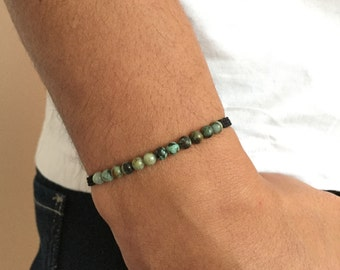 Macrame bracelet man Pearl semi precious turquoise d Africa / blue green Macrame bracelet men adjustable in african turquoise gemstone.