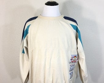 80's vintage adidas cotton sweatshirt with a cool patchs size XL