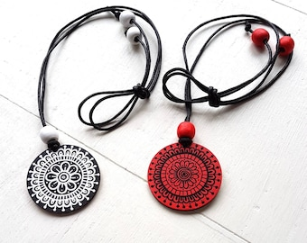 Necklace with handpainted wooden pendant, red/black or black/white | MBGcreative