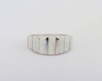 Vintage Sterling Silver Inlay White Opal Band Ring Size 9