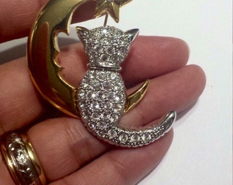 Costume Jewelry Cat on the Moon Brooch