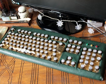 Steampunk computer keyboard, victorian style, green and gold, computing, office equipment, round keyboard key, usb