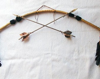 Native American Navajo Made Simple Bow and Arrows