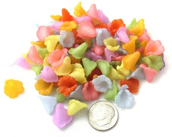 100 Asst Transparent Frosted Acrylic Flower Beads 12 x 12mm (B302e)