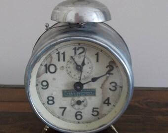 Antique alarm clock Junhans, Mechanism B-09, Wecker
