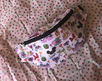 A day in disney fanny pack (WITHOUT ears)