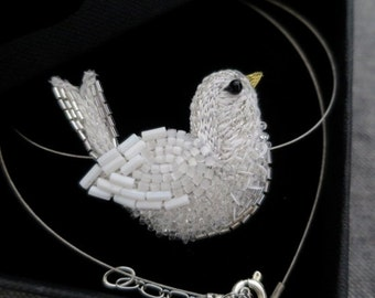 Embroidered collar white - Haute Couture embroidery bird - jewel Textile - marriage - Lunéville