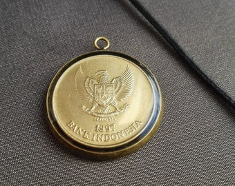 Indonesia Jewelry, Neck adornment, Pendants, Necklace,  Coin Jewelry,  Numismatist, Coin, Gifts, Resin Metalworks, Eagle