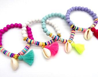 Mermaid bracelet, beach jewelry, wooden sea shell bracelet, multicolored bracelet, elastic friendship bracelet, BFF gift, bohemian bracelet