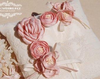 Silk Wedding ring pillow. Silk flower ring pillow,lace ring bearer pillow,wedding gift ,wedding Accessories.Ivory wedding ring pillow