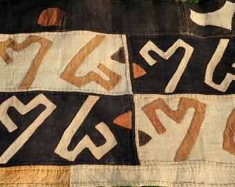 "Kuba Cloth /African Kuba cloth / DR.Congo / Raffia cloth / Authentic / traditional dancing skirt / handwoven / 61x427cm ( 42x168"")"