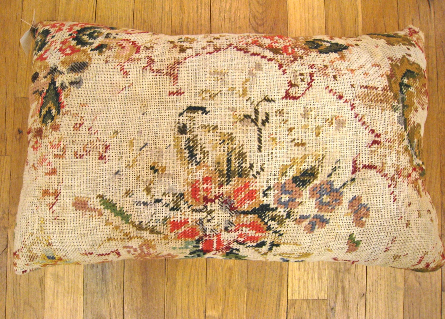 Needlepoint Pillow Decoration Crossword : Vintage Decorative English Needlepoint Pillow size 20 x