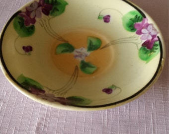 Takito Lusterware Violet Pattern Orphan Saucer