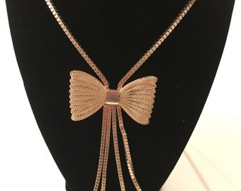 Long Gold Tone Bow Necklace - Gorgeous!