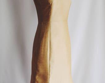 Dress party Golden silk.