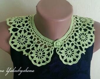 Green collar necklace Crochet collar necklace Crochet jewelry Gift for her Lace collar green  Woman accessories Flowers collar