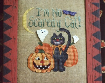 Waxing Moon Designs ** SCAREDY CAT ** Halloween Counted Cross Stitch Pattern