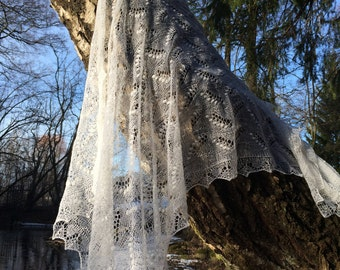 "Traditional Estonian Haapsalu shawl "" Lily of the Valley"""