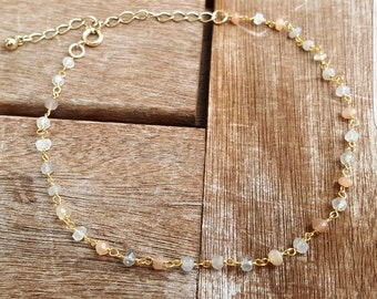 Foot chain gold with Moon stones
