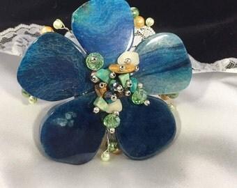 HandCrafted Blue Agate Crystal GemStones & Pearls Silver Tone Clamper bracelet